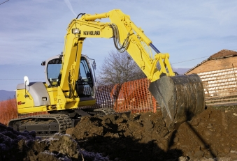 New-Holland-E80-SR
